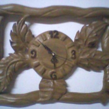 Reloj hojas.