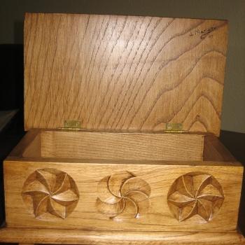 Talla en madera de castaño